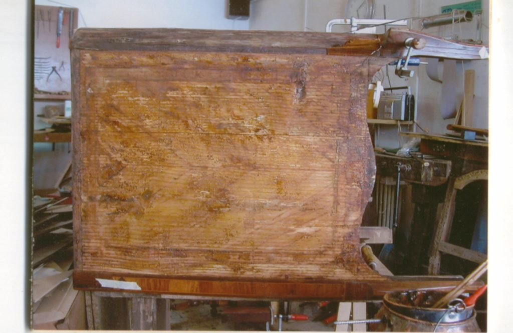 commode-eau-en-restauration-1